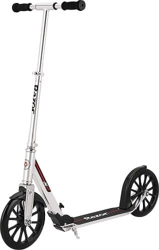 Razor A5 Dlx Scooter Review- A Worthy Choice for Taller Riders? 5
