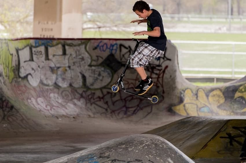 freestyle scootering tricks