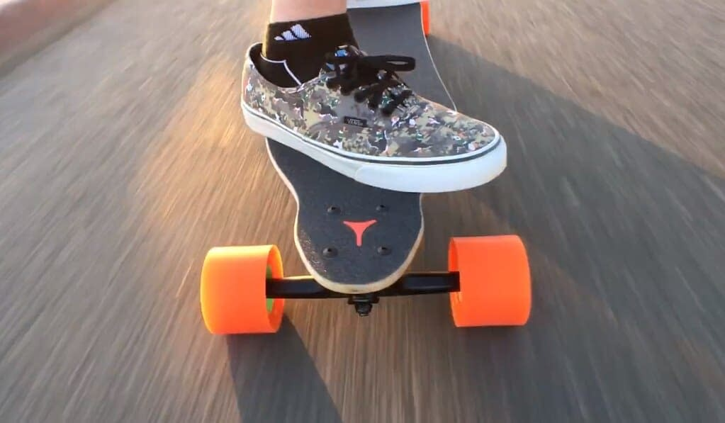 What type of skateboard should a beginner get